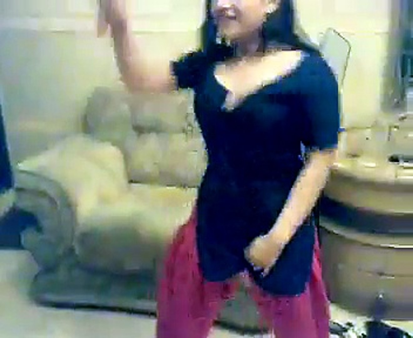 Enjoy 2 Sexy Girls sexy Dance...!! | Watch online 2 Sexy Girls Dance, Indian Desi Girl Home Hot Danc