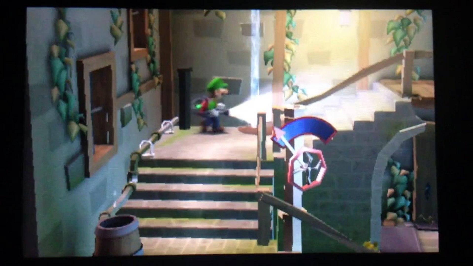 Luigi S Mansion Dark Moon Luigi Takes A Shower