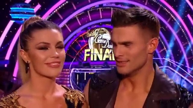 Abbey Clancey and Aljaz Skorjanec - Show Dance - Strictly Come Dancing Final