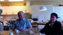 """Tore Johansson 97 år från Smögen sjunger """"Flickan från Hasslösund :-)"""