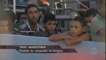 Hungria: Imigrantes protestam contra fechamento de estação de trem