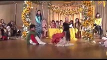 Pakistani Wedding Dance Skit 'Lak 28 Kuri Da'
