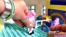Peppa Pig Blocks Mega Hospital Building Playset with Ambulance -  Juego de Bloques Construcciones
