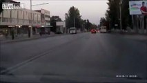 Russian Driver Knows How to Handle the Dashcam