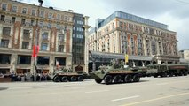 New Russian Weapons 2014 - Armored Personnel Carriers (BTR- 80 & 82A)