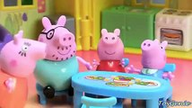 Funny Video for kids  Peppa Pig on a picnic with Poogie the Clown  Toy Stories