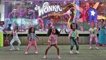 Une petite fille de 5 ans enflamme Times Square en dansant !