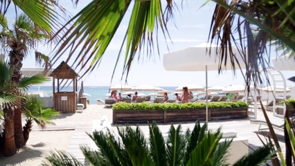 Manoah Beach - Plage Saint-Tropez - Via-selection.com - 2015