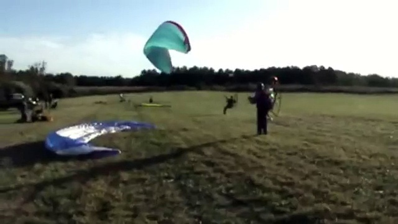 Powered Paraglider crash right after launch