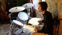 Erik D'haese improvised groove : drums bass guitar keys trumpet
