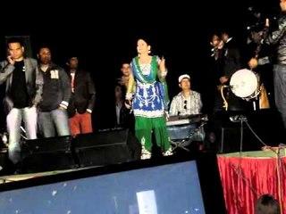 Miss Pooja   Live Performance  in Miani