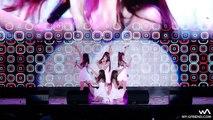 Les chanteuses d'un groupe de K-Pop chutent à six reprises durant la même chanson.