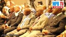 Tshisekedi met en garde Kabila à BXL -Plus de 400 personnes dehors pour une salle de 200 personnes