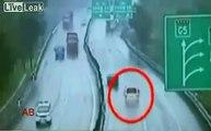 Aquaplaning choc sur autoroute