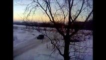 UFO shooting Meteor Russia Chelyabinsk - Russian meteor, sound shockwave
