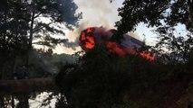 Cascade complètement folle  il saute de sa voiture en feu au dessus d'un lac