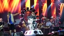 Les Foo Fighters jouent avec Led Zeppelin et Queen  Under Pressure ft. John Paul Jones, Roger Taylor, Milton Keynes