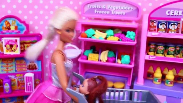 Elsa & Frozen Kids Grocery Store Challenge ❤ Barbie Supermarket Health Food Battle DisneyCarToys
