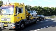 Vrachtwagen op de A4 bij Sloten belandt op het spoor van de Schiphollijn.