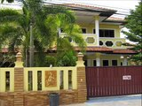 Cheap houses apartment condos and property for sale in Jomtien Pattaya Thailand.