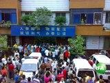 内江暴力执法酿群体冲突 数千人掀车砸派出所打警察
