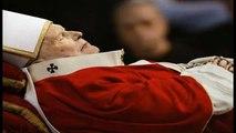 Revelações - O Papa João Paulo é a besta do apocalipse?