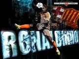 Ronaldinho 10 vs c.Ronaldo 7(joga bonito)regates increibles FREESTYLE