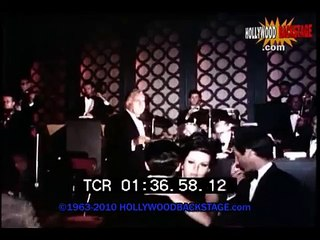 On a date with - Nancy Sinatra - Hollywood Backstage
