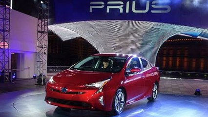 2016 Toyota Prius Unveiled in Las Vegas | Upcoming Cars 2016