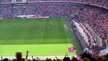 Ajax kampioen - laatste 2 minuten van de wedstrijd - Arena ontploft na fluitsignaal