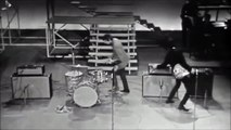 Rolling Stones - Around And Around (Live on the TAMI Show 1964)