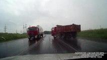 Amazing Truck Accidents Truck Crash Compilation 2015 | Compilation d'accident de camion n°16