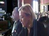 Intervention héroïque de Marine Le Pen contre deux socialistes corrompus, CLASH