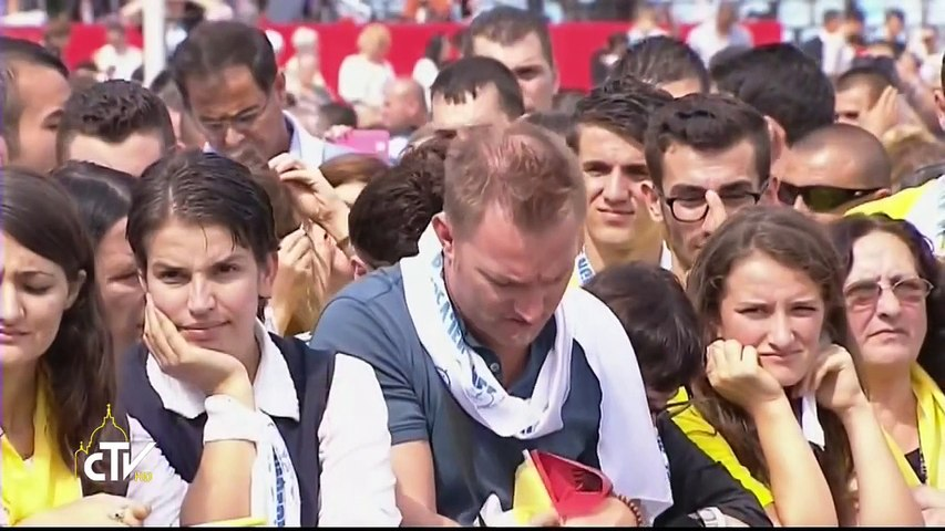 "papa francesco in albania,omelia messa in piazza ""Madre Teresa"" a tirana"