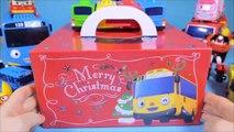 Tayo(autres) Gâteau de Noël wee de trajet en bus. Gâteau de noël et pororo poly ou robot Tayo le petit bus & Pororo Robocar Poli jouets