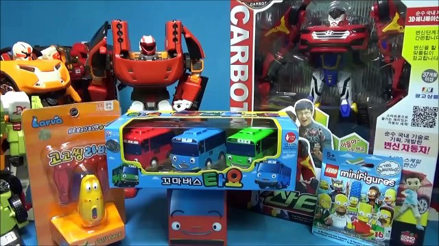 Hello car robot camera robot Santa Fe R, and adventure Z comparison wee bus ride. with. lava LEGO Simpsons mini. figure toy Carbot Tobot Larva toys
