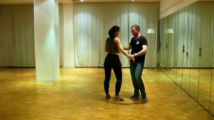 Brazilian zouk steps. Intermediate. 13.09.15. Left turn on the line with pseudo ioio