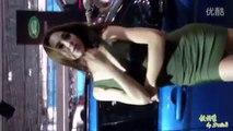 2100 Pretty woman pretty beautiful car models   yellow Miki