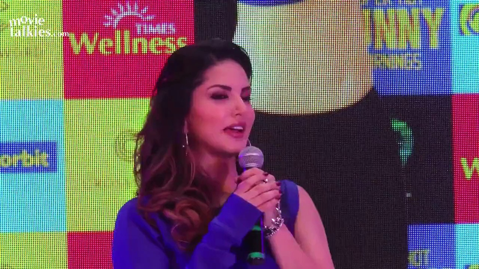 Sunny Leone's  HOT Workout In 'Super Sunny Mornings'