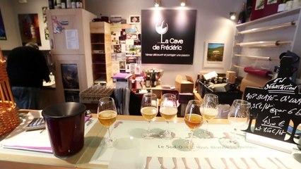 Six bières locales testées à l' aveugle à la cave de Frédéric, Tourcoing.
