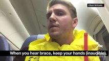 Cet homme filme ce qu'il se passe à l'interieur d'un avion pendant un atterrissage d'urgence