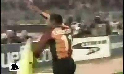 AS ROMA 3 - 0 BARCELONA [Champions League 26-02-2002]