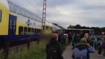 Un train percute un bus bloqué sur la voie ferrée en Allemagne.
