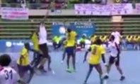 Hamad Fathi, le joueur de Handball géant qui mesure 2,25 m !