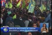"""Cientos de simpatizantes del gobierno realizaron la """"Vigilia por la democracia"""""""