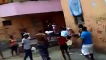 combat de rue a la machette
