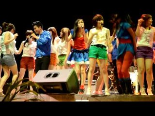 Cherrybelle - Baby baby in collaboration with 5 Bidadari & Max5 | perform @ Lapiazza  20110710