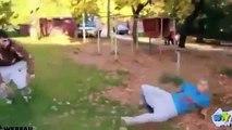 Dernières vidéos drôles de personnes tombant 2013