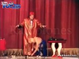 Classic - The death of comedian Tommy Cooper on stage.
