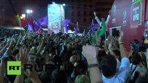 Tsipras célèbre sa victoire à Athènes